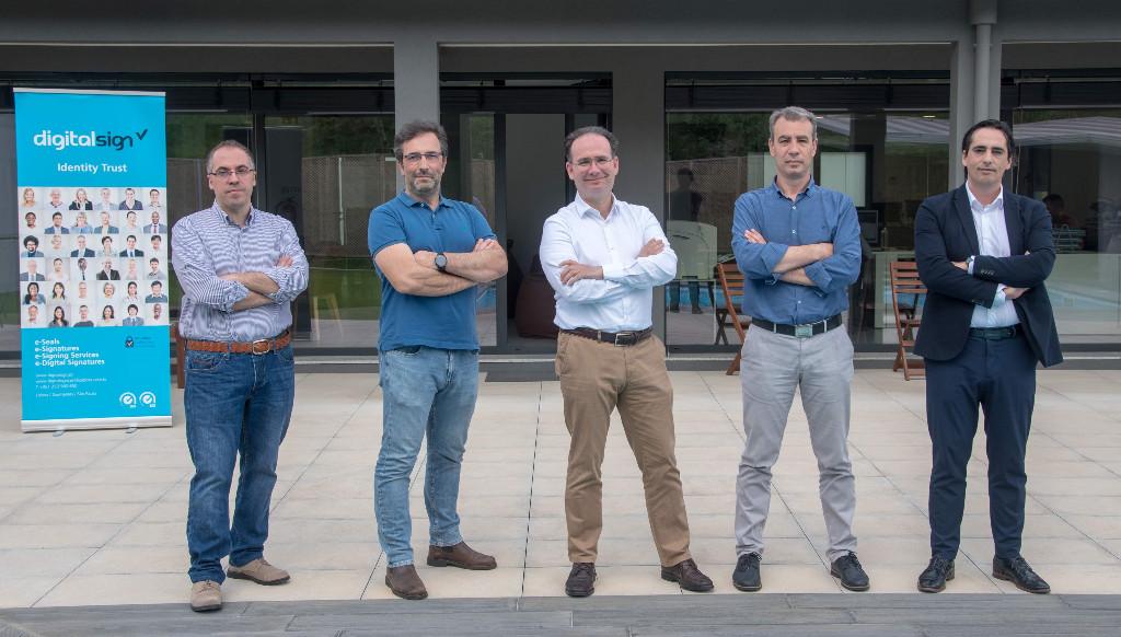 DigitalSign | Jornal de Negócios