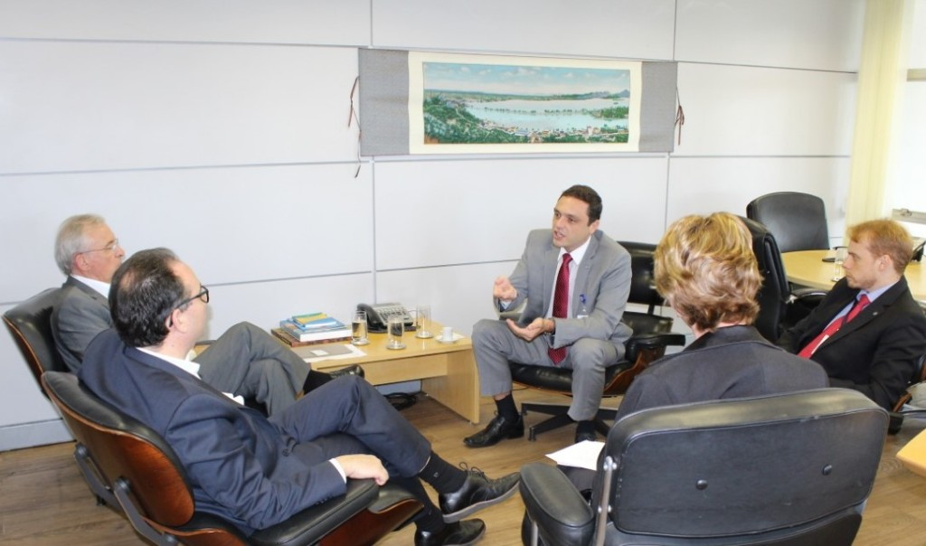 Diretor-presidente do ITI recebe diretoria da AC DigitalSign